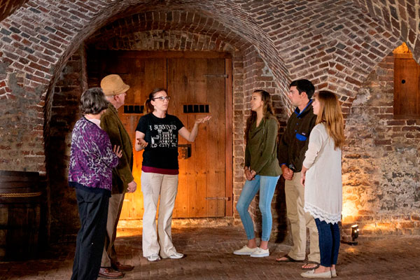 Charleston Ghost and Dungeon Walking Tour