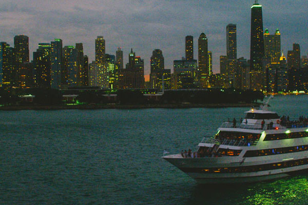 Spirit of Chicago Weekend Dinner Cruise