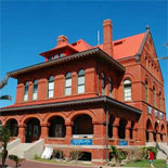 Customs House Museum