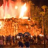 Visit historic and popular Las Vegas landmarks