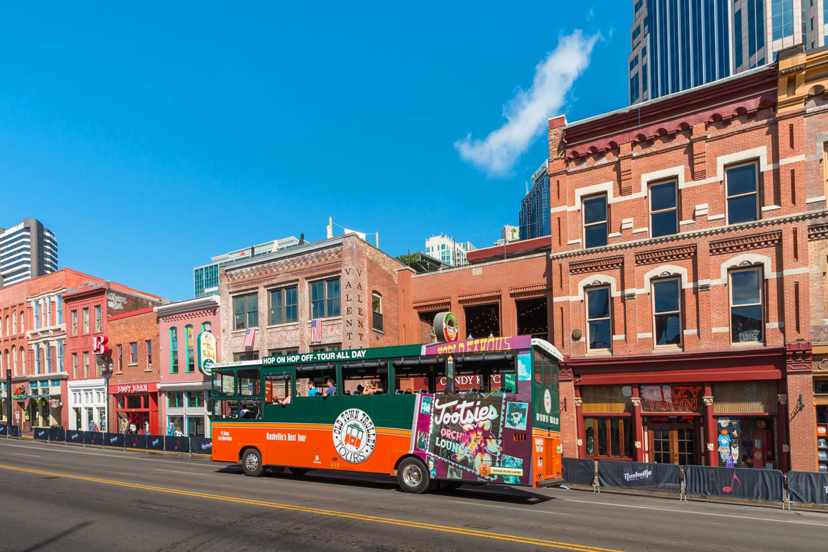 Old Town Trolley and Opry Country Classics Tour