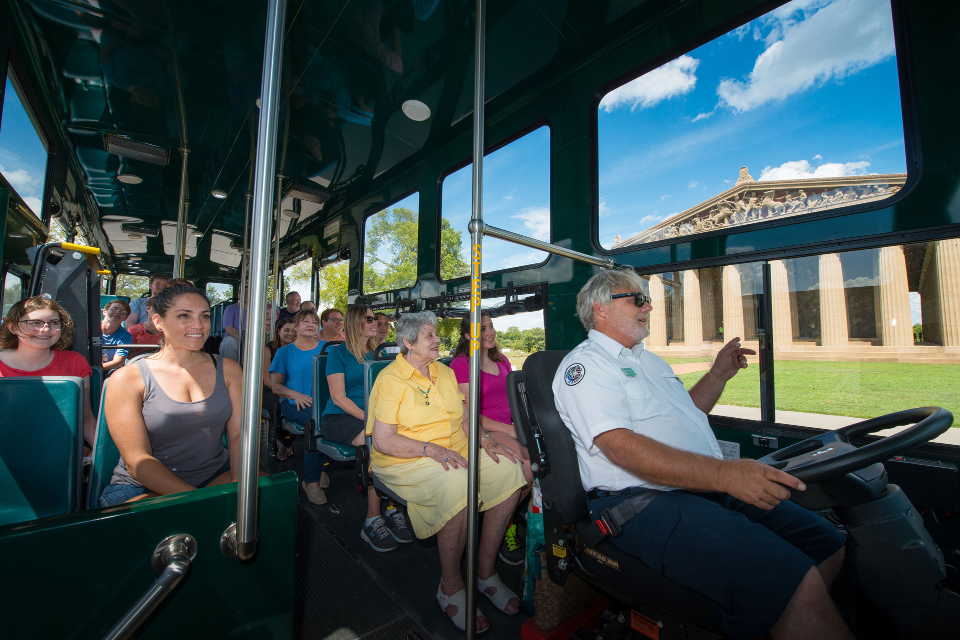 See the best of Nashville on Old Town Trolleys