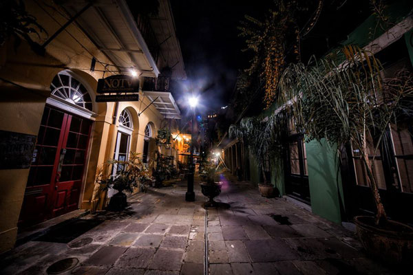 Ghosts & Spirits Walking Tour