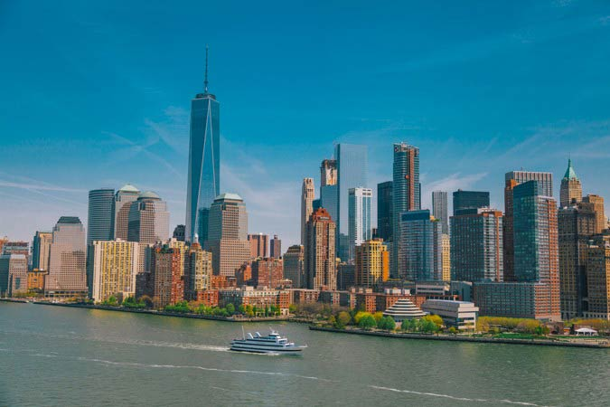 Narrated tour of Manhattan's skyline