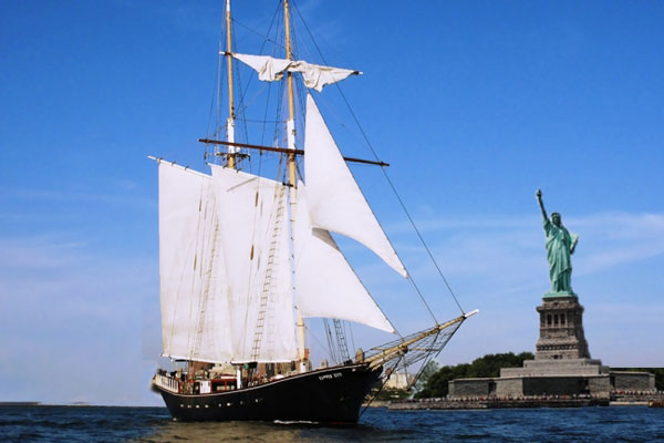 Sail on New York's most elegant tall ship