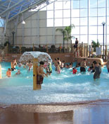 Waves Indoor Waterpark Niagara Falls