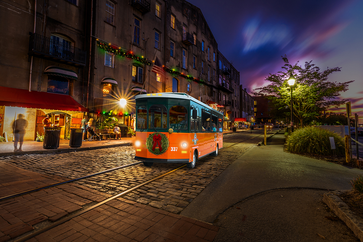 Old Town Trolley's Holiday Lights Tour