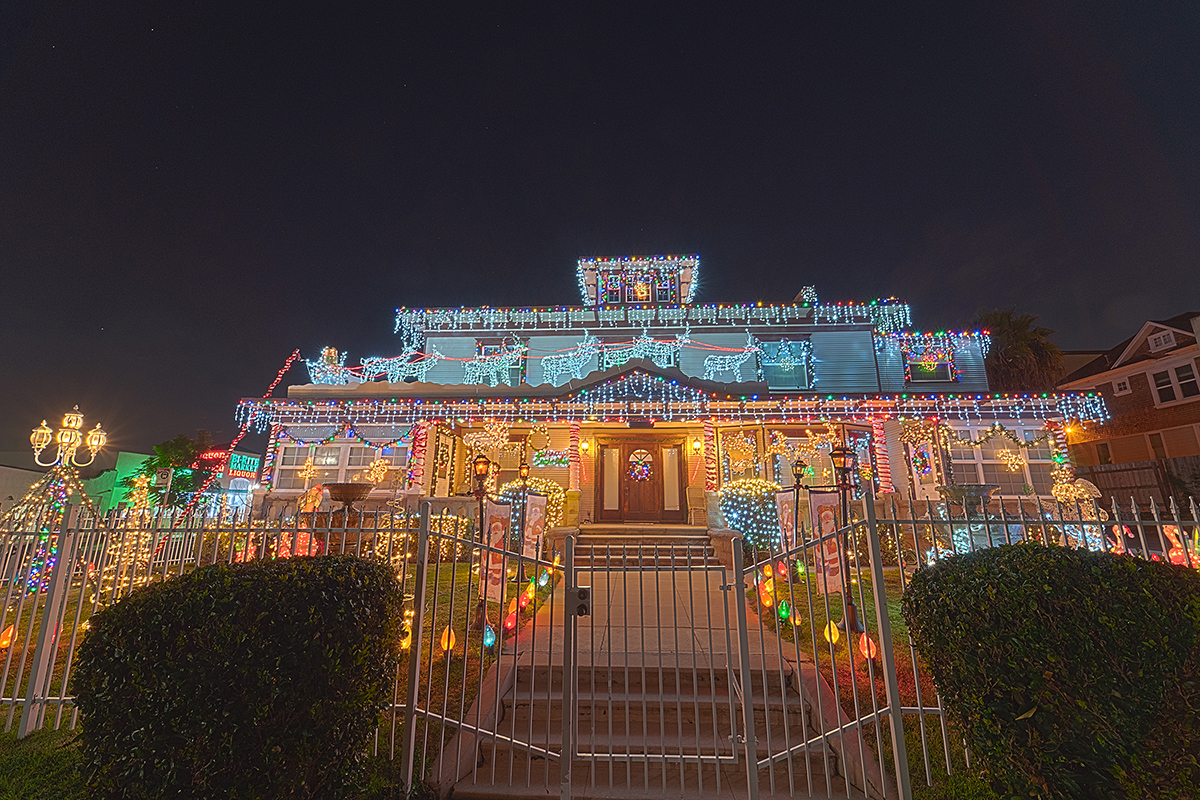 See festively decorated historic homes