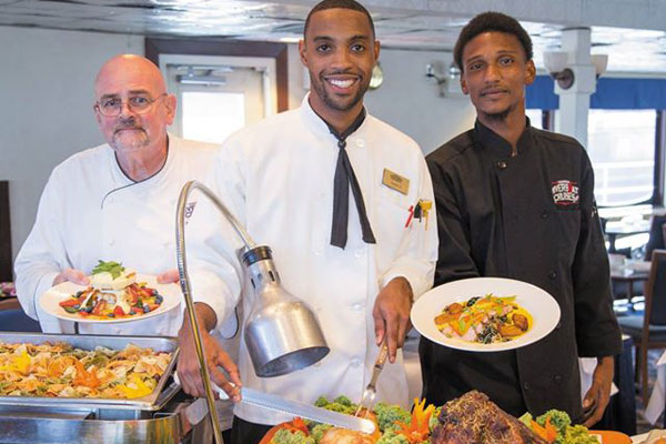 Enjoy a wonderful meal while cruising