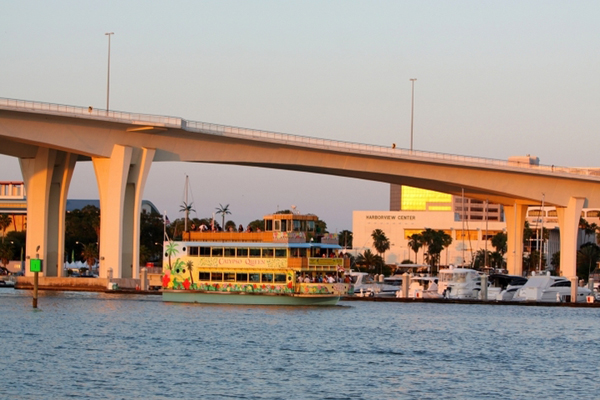 Take in the sights of Clearwater harbor
