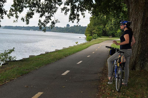 Experience Mount Vernon by Bike and Boat